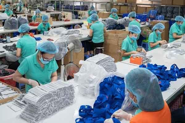 Các doanh nghiệp sản xuất khẩu trang sẽ không lấy lãi và không tăng giá