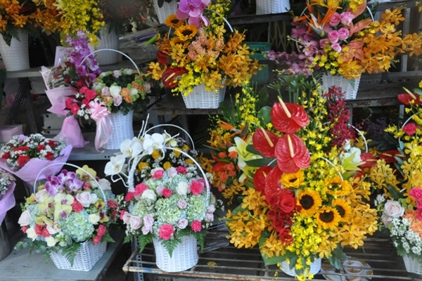 Thị trường hoa tươi ngày 14/2 sụt giảm vì dịch Corona