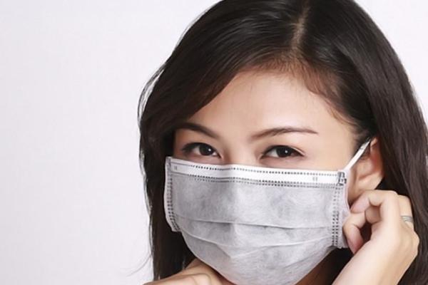 Mẹo nhỏ giúp da không bị kích ứng khi đeo khẩu trang y tế cả ngày