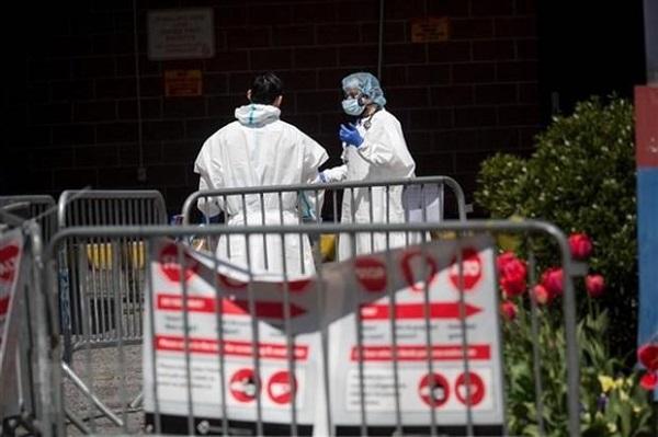 Việt Nam sang ngày thứ tư không có ca nhiễm COVID-19 mới, nước Mỹ các ca tử vong vẫn tiếp tục