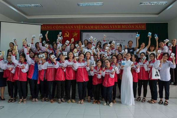 Dự án kỳ lạ: Nơi nghèo nhất Quảng Trị lại có cafe sách 0 đồng để nuôi giấc mơ đổi đời!