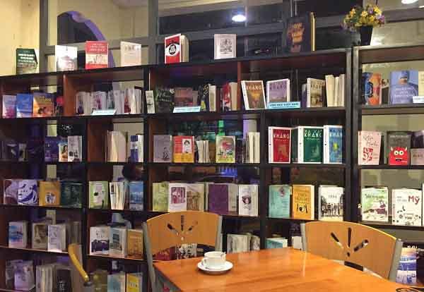 Đà Nẵng có công viên cà phê sách cực kì thú vị