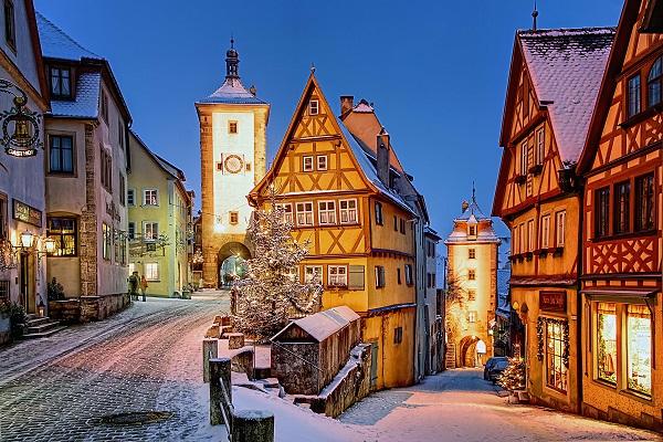 5 địa điểm mùa đông lộng lẫy nhất thế giới