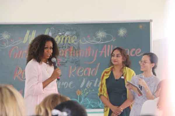 Bà Michelle Obama khuyên các nữ sinh Việt: Hãy theo đuổi ước mơ thông qua giáo dục