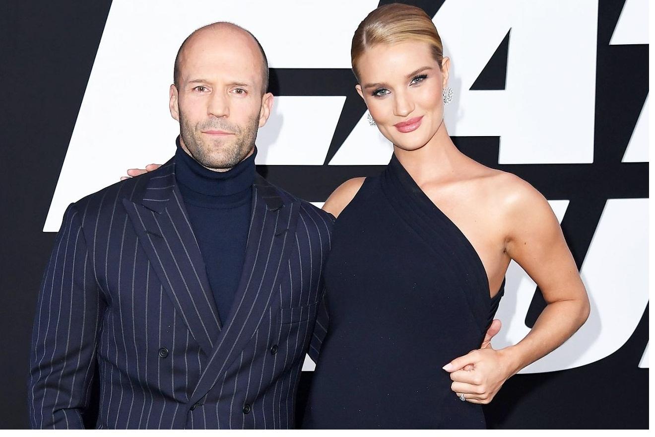 Tài tử Jason Statham làm lễ cưới vào đúng thời khắc giao thừa