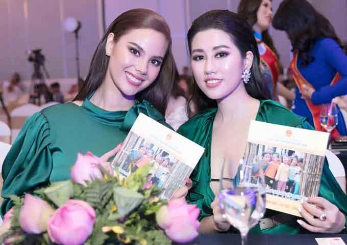 Emily Hồng Nhung rạng rỡ bên Hoa hậu Hoàn vũ Philippines tại sự kiện