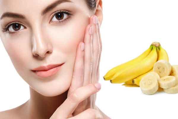 2 công thức mặt nạ dưỡng da dễ làm từ chuối chín