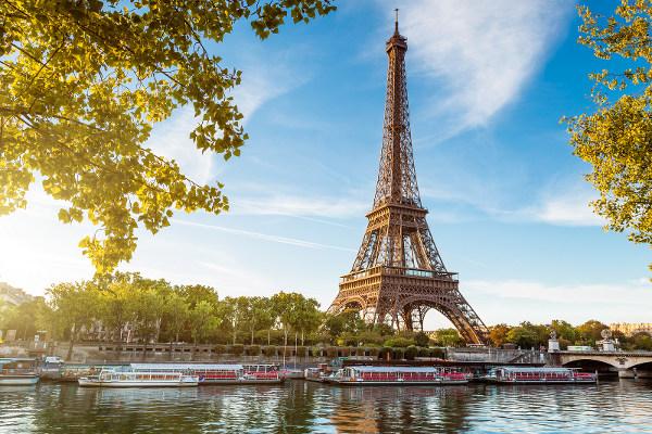 Pháp - đất nước của tình yêu