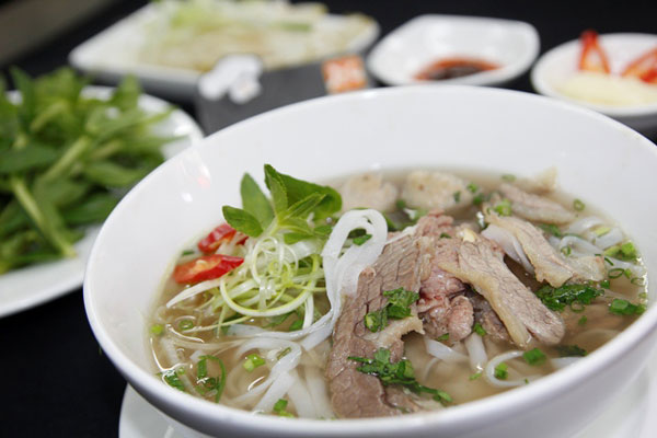 Phở - Một món ăn đặc biệt của người Việt