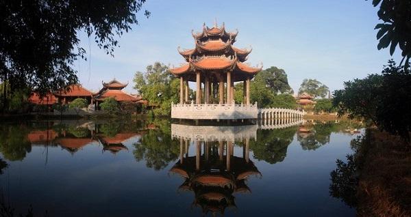 Làng Nôm Hưng Yên - ngôi làng cổ giữ trọn nét làng quê Việt