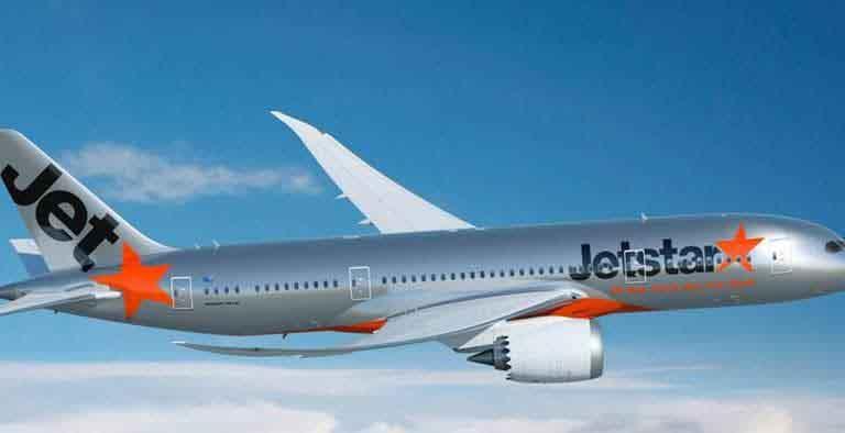 Hãng hàng không trả lại hơn 300 triệu đồng du khách quên trên máy bay