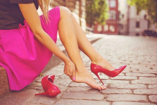 Một số lưu ý giúp đôi chân của bạn luôn khỏe mạnh khi mang giày