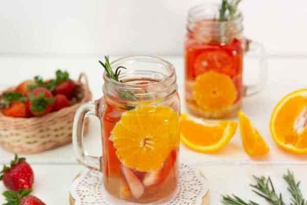 Làm nước detox đơn giản, giúp eo thon dáng đẹp