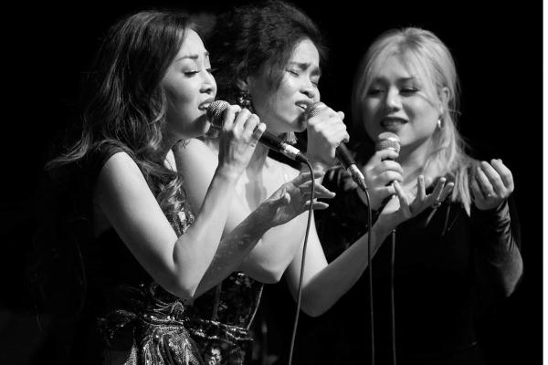 Ca sĩ Đồng Lan hóa thân thành 'Nàng thơ'
