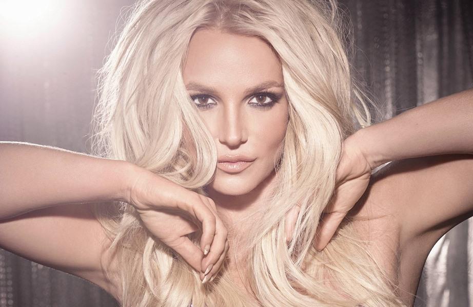 Britney Spears đứng dậy từ mốc tăm tối của cuộc đời