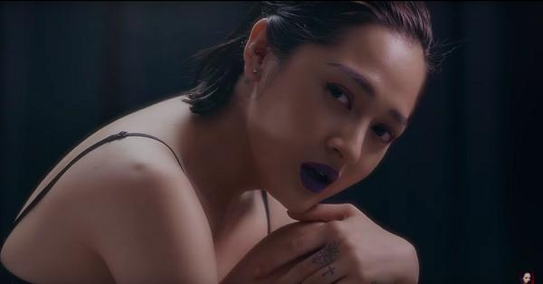Ai Khóc Nỗi Đau Này | Bảo Anh (MV Oneshot)