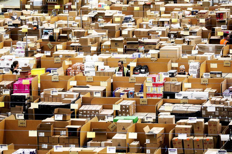 Vượt Microsoft và Apple, Amazon thành công ty vốn hoá lớn nhất thế giới