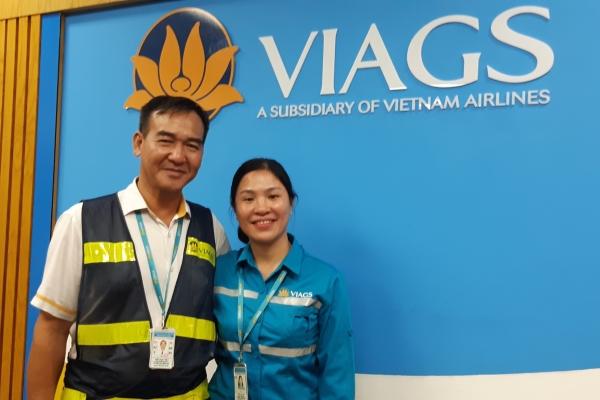 Nhân viên VietNam Airlines trả lại tài sản thất lạc gần 1 tỷ đồng cho hành khác