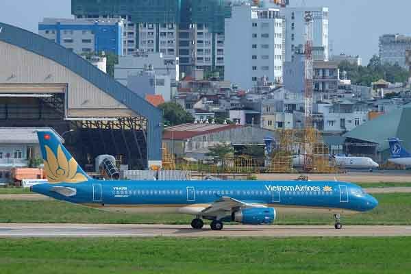 Vietnam Airlines bố trí thêm 1 chuyến bay TP.HCM đến Bacolod cổ vũ đội tuyển Việt Nam
