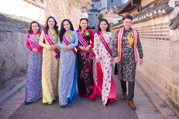 Những shoot hình 'để đời' của thí sinh Mr& Ms International Business tại ngôi làng cổ giữa lòng thủ đô Seoul
