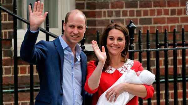 Công chúa Charlotte làm nên lịch sử Hoàng gia Anh