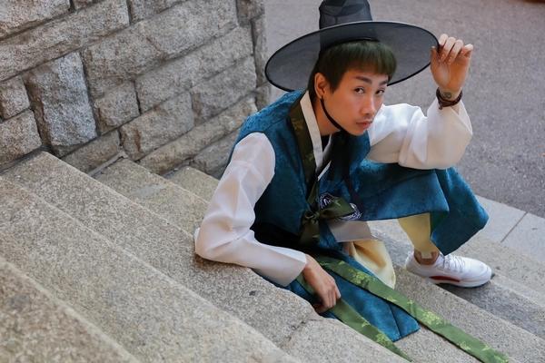 Diện Hanbok, Hải Triều chẳng kém cạnh các sao thần tượng Hàn Quốc
