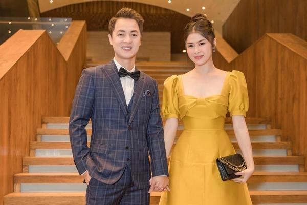 Vợ chồng Đăng Khôi - Thủy Anh tiếc vì không dự trọn vẹn đám cưới của Đông Nhi