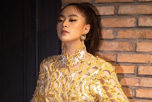 Hoàng Thùy Linh khẳng định vị thế sau 10 năm đi hát