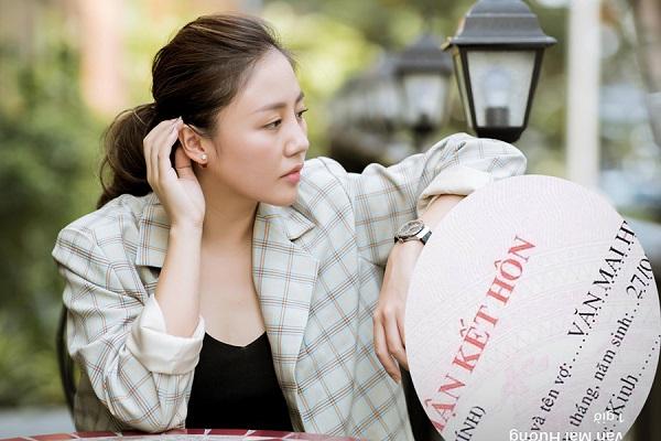Fans bức xúc khi Văn Mai Hương lấy chuyện kết hôn để PR MV mới