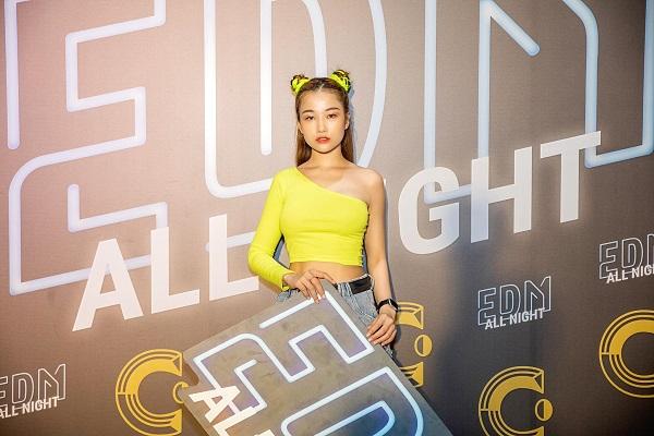 DJ Sunny bày cách 'chống giặc' Covid-19