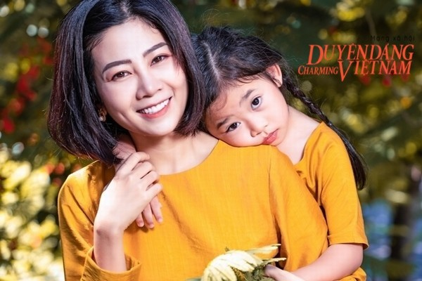 Con gái Mai Phương không khóc, vẫn chưa biết mẹ ra đi mãi mãi