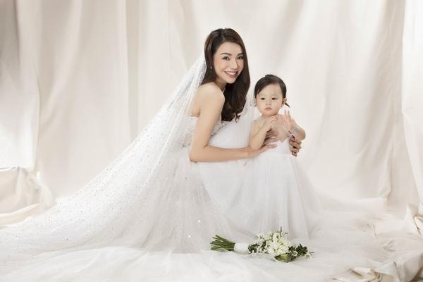 Trà Ngọc Hằng rục rịch tính chuyện kết hôn?