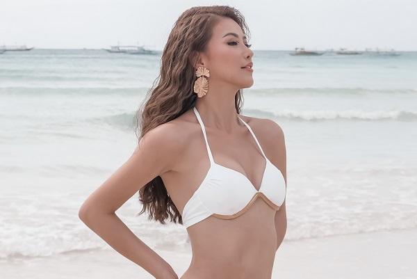 Hoa hậu Phương Khánh khoe dáng sexy hết nấc tại biển Boracay