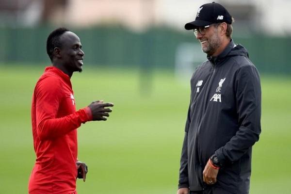 Mane thừa nhận từng rất muốn khoác áo Man United trước khi Klopp gọi điện