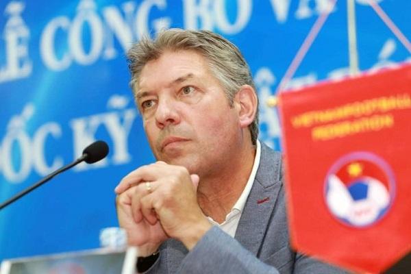 VFF lên tiếng việc chia tay Giám đốc kỹ thuật Jürgen Gede