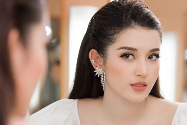Huyền My bất ngờ được đề cử Top 100 gương mặt đẹp nhất Thế giới 2020
