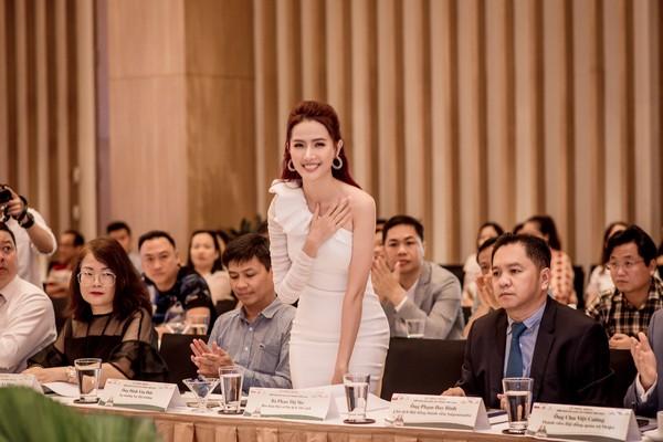 Phan Thị Mơ mong du lịch Việt Nam sẽ vực dậy sau đại dịch Covid-19