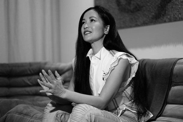 Hồng Nhung ra mắt MV tri ân những người hùng chống dịch Covid-19