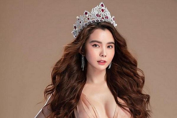 Nghệ sĩ Việt chống dịch Covid-19: Hoa hậu Huỳnh Vy tặng 50.000 khẩu trang