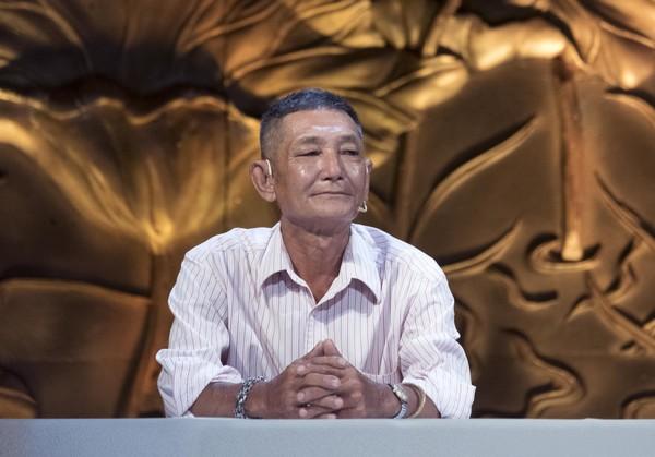 'Vua tái chế rác thải' Tống Văn Thơm: Làm sạch môi trường, làm đẹp cho đời