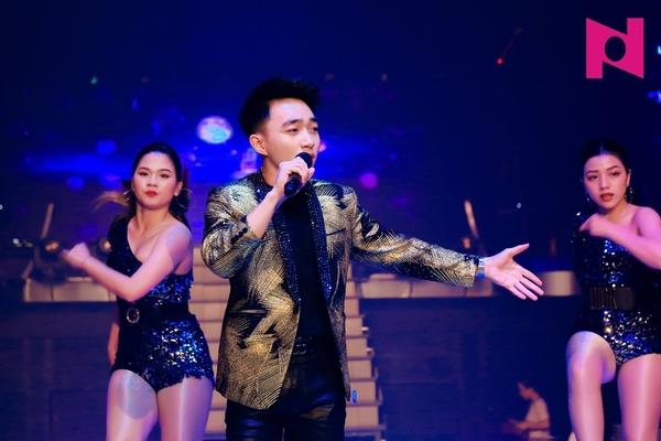 Trung Quang chứng tỏ sức hút khi theo đuổi dòng nhạc EDM và Remix