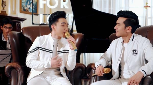 Đan Trường - Trung Quang bảnh bao với sắc trắng, hòa giọng đầy ngọt ngào