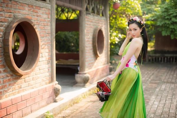 Băng Di được khen ngợi vì phong cách thời trang đậm chất Việt