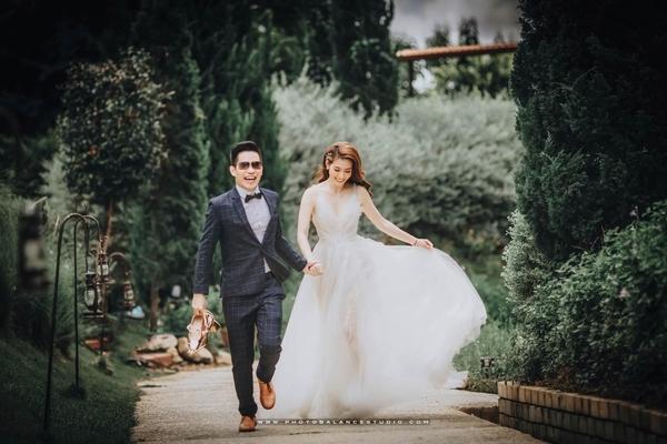 Kỷ niệm 1 năm ngày cưới, Kim Nhã mãn nguyện với hạnh phúc mới