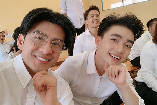 Kiểu tóc 2 mái 'thần thánh' của Đan Trường trở lại trong MV mới