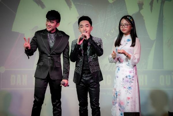 Trung Quang xúc động khi khán giả đông kín trong minishow đầu tiên