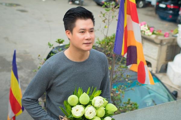 Ca sĩ Quang Dũng: 'Càng lớn mới hiểu được nỗi khổ của mẹ'