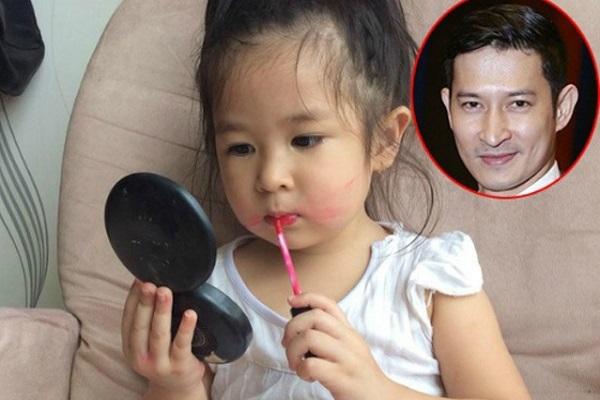 Con gái 'vạch trần' Huy Khánh bừa bộn khi ở nhà