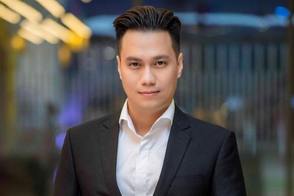 Việt Anh phủ nhận tin đồn đồng tính sau 'dao kéo'