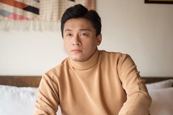 Lam Trường 'đốn tim' người hâm mộ với loạt ảnh thách thức thời gian